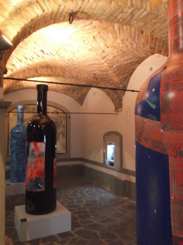 Bottiglie d'Artista alla Casa della Donna Selvatica
